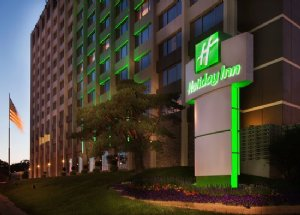 Holiday Inn Downtown Mercy Campus Hotel in Des Moines IA